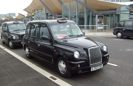 Londen_Heathrow_Airport-taxi