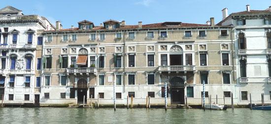Venetie_Palazzo_Mocenigo-museum