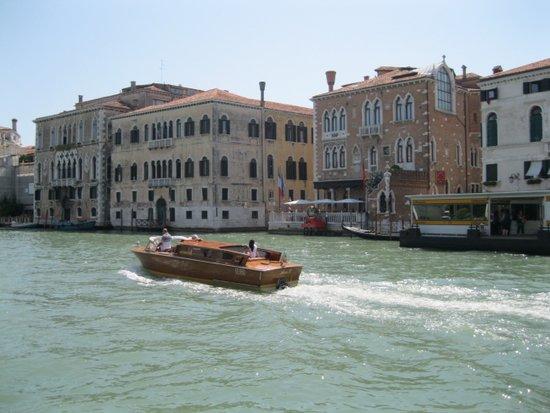 Venetie_canal-grande-venezia