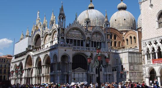 Venetie_monumenten-Basilica-di-San-Marco