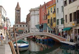 Venetie_monumenten-Ponte-dei-Pugni,.jpg