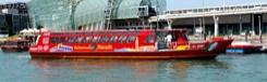 Varen met de hop-on hop-off cruise door Venetië